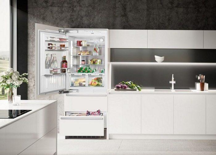 Liebherr HCB1581 30 Built-In Bottom-Freezer Refrigerator