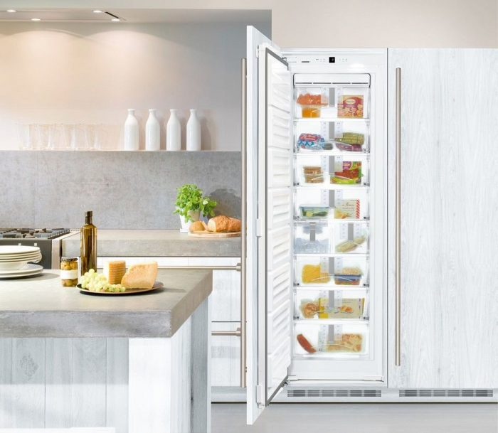 "Liebherr HF861 24"" Built-In Full Freezer With NoFrost"