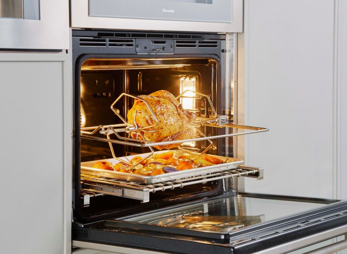 "Thermador ME301WS 30"" Single Built-In Oven"