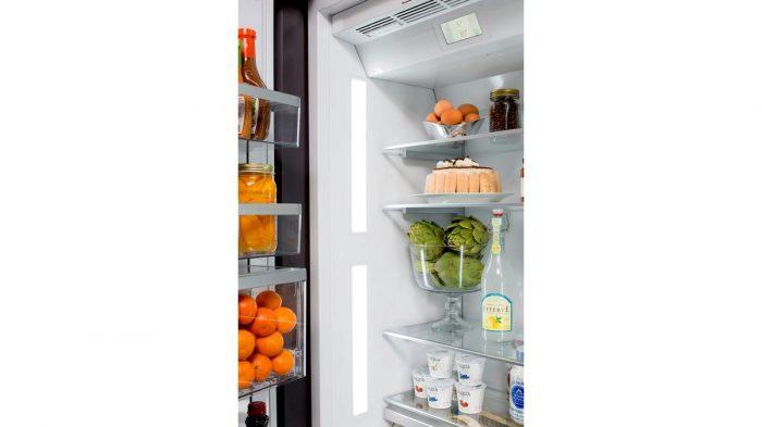 """Thermador T36IB900SP 36"""" Built in 2 Door Bottom Freezer Interior"""