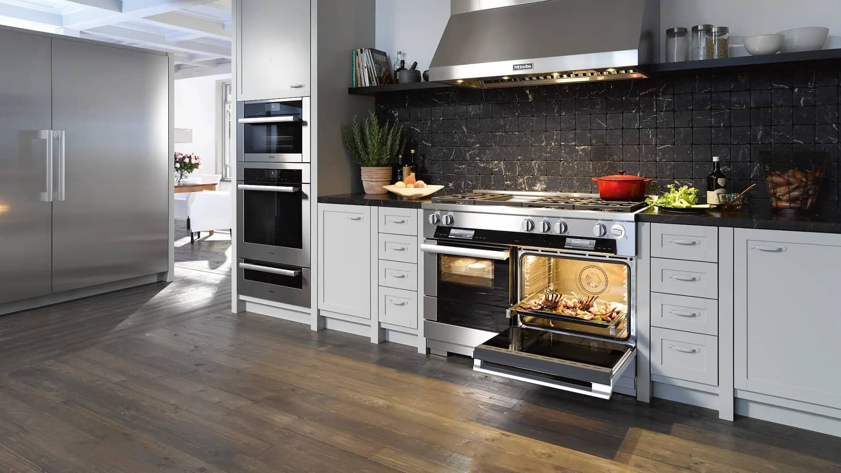 Miele Canada appliances package