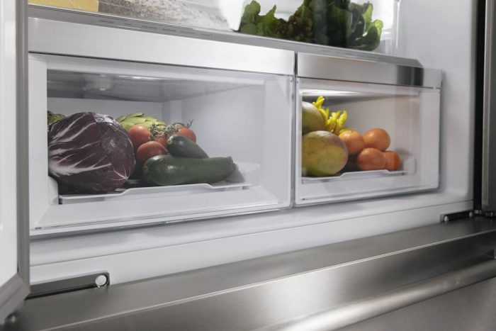 Thermador T36FT810NS 36 inch Refrigerator interior drawers